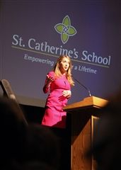 Former CNN reporter Jessica Yellin spoke to the Upper School students.