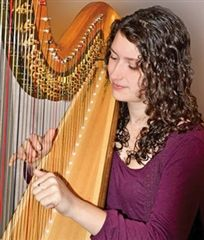 Fiona Graham '13 performs with her harp